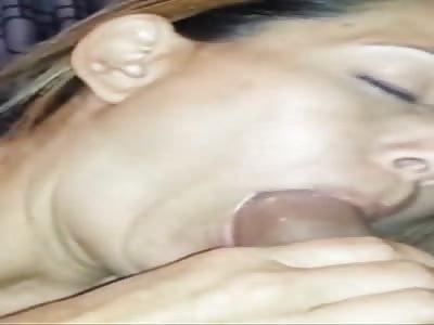 amatuer milf sucking cock