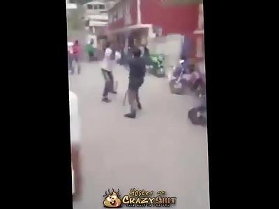 Machete Vs Chain Guess Who Wins?