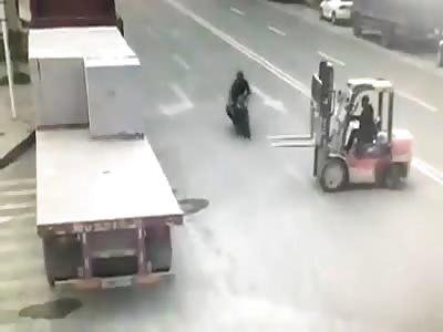 Shocking crash against a forklift..Beheaded?  (New)