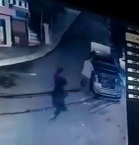 Ex-Policeman killed by a shot (CCTV)