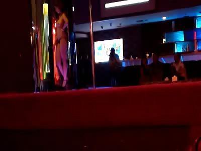 Hotel Dancer