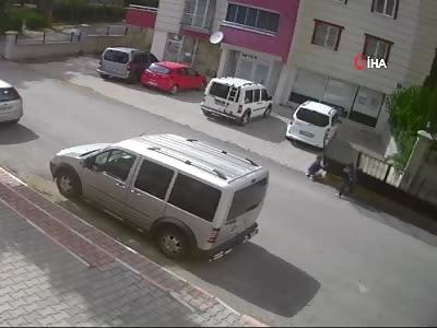 Turkya - 8-Year Old Boy Crushed by Gate