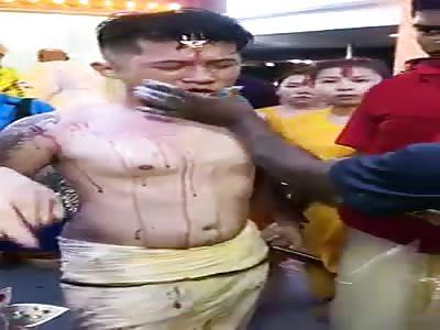 wtf crazy ritual hindu