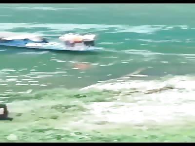 China, Guizhou, boat overturned, 18 dead