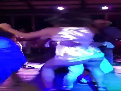 Mature slut merenge dancing without undies