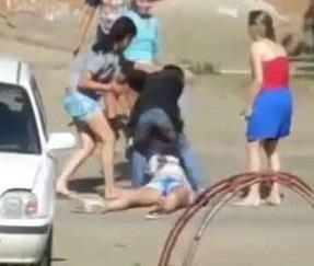DAMN! Ruthless Russian Girls Beat and Kill Girl