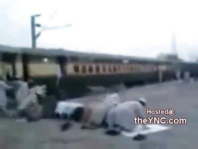 HAHAHA: Praying Cut Short when the Train takes off