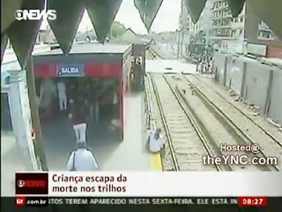 Unbelievably Stupid Mom almost Kills her Kid on Train Tracks