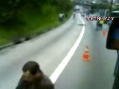 This Man put his Head under a Bus Tire