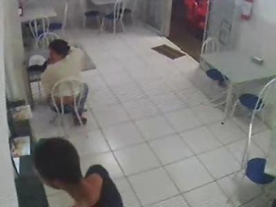 Failed Purse Thief Gets a Dose of Instant Karma