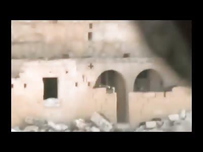 Amazing Video of Hero Syrian Boy