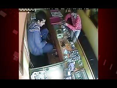 CCTV Footage of Jeweler Brutally Stabbed