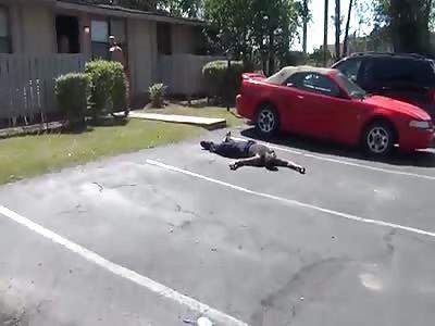 Black drug dealer gets KO'd by White guy!