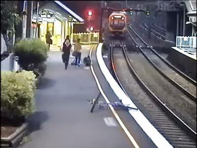 Man falls between train and platform