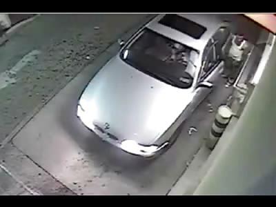 Man Brutally Attacked with a Baseball Bat at a Fast food Drive Thru