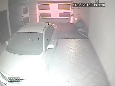 Man faces armed car thieves