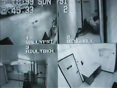 Prisoner beats up prison guard