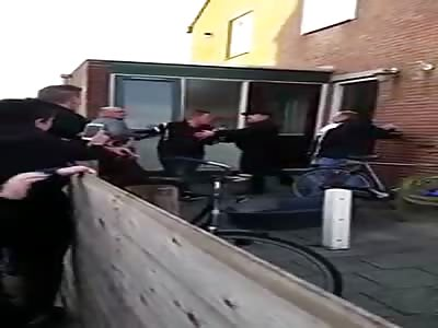 Neighbors Fight!