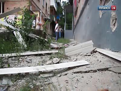 Ukrainian army shelling Lugansk-effects