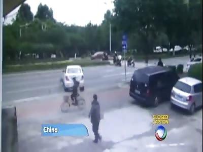 CAR HIT A CYCLIST GOING AGAINST TRAFFIC