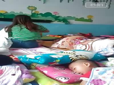 NANNY BEATING CHILD IN CHINA