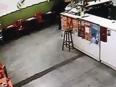 ATTEMPT MURDER IN A BAR