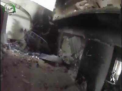 WAR AS IT IS - URBAN COMBAT IN ALEPPO'S KHALIDIYA (Rebels Ambushed and Killed @ 1:08)