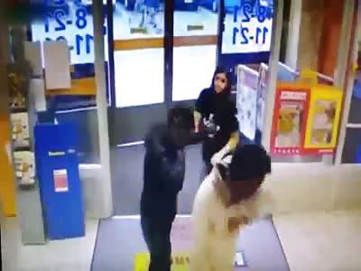 1 woman against 2 bad guys - Failed robbery at Helsinki