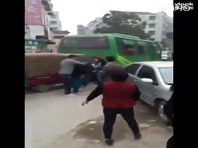 fighting guys who fight like women