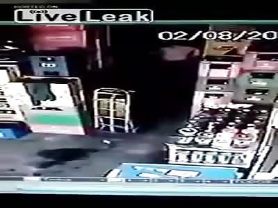 Ladron muerto en pleno atraco